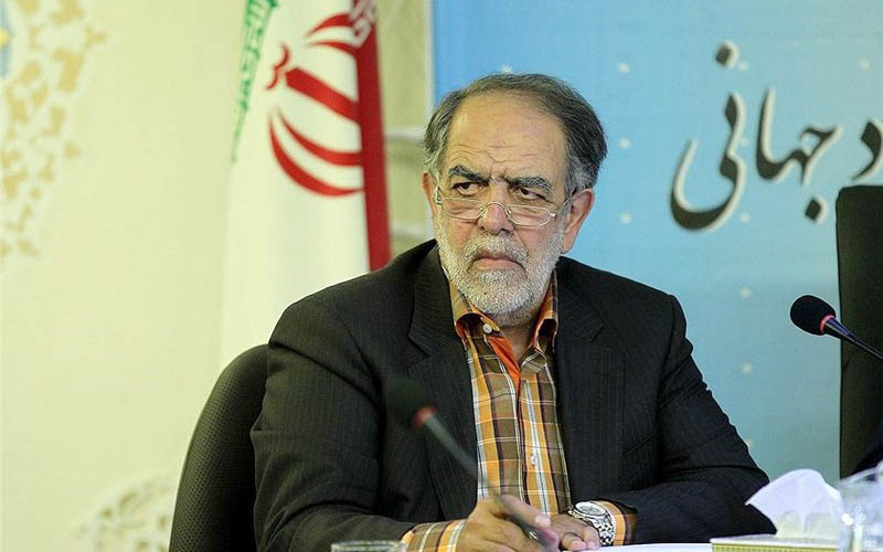 اکبر ترکان استعفا داد