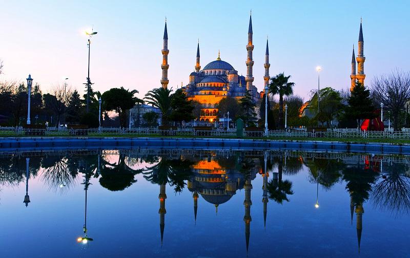 ایرانیها صنعت گردشگری ترکیه را آباد کردند