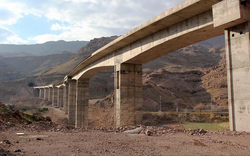 پیشرفت ۹۵ درصدی ساخت خط آهن قزوین-رشت