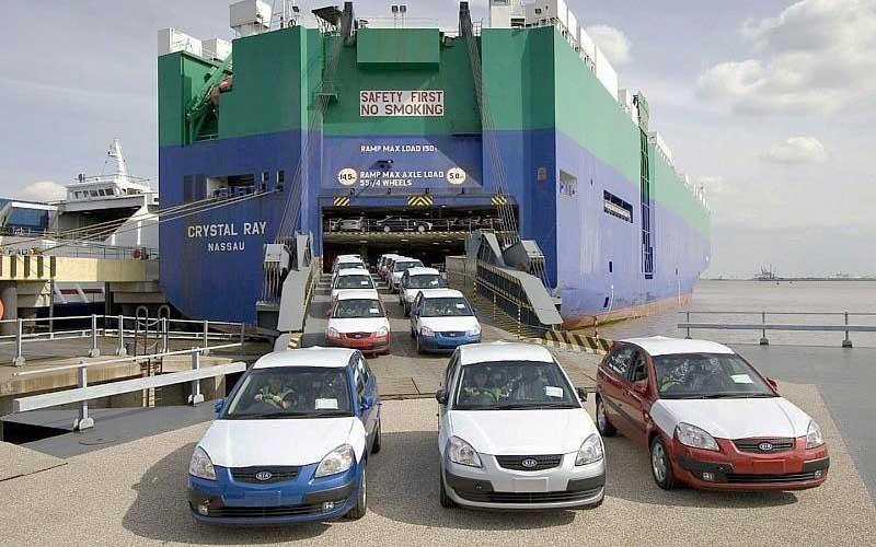 ثبت سفارش واردات خودرو متوقف نیست، محدود است