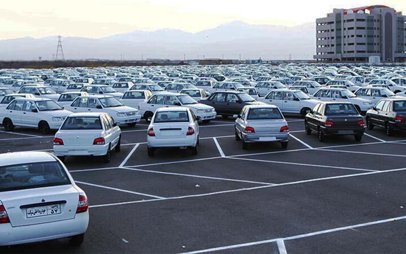 عرضهکنندگان خودرو به قانون تمکین نمیکنند
