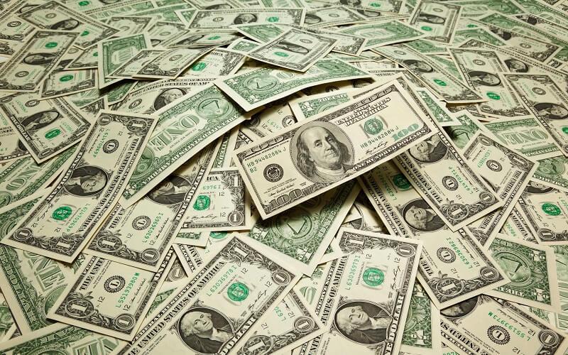 دلایل کاهش ارزش دلار