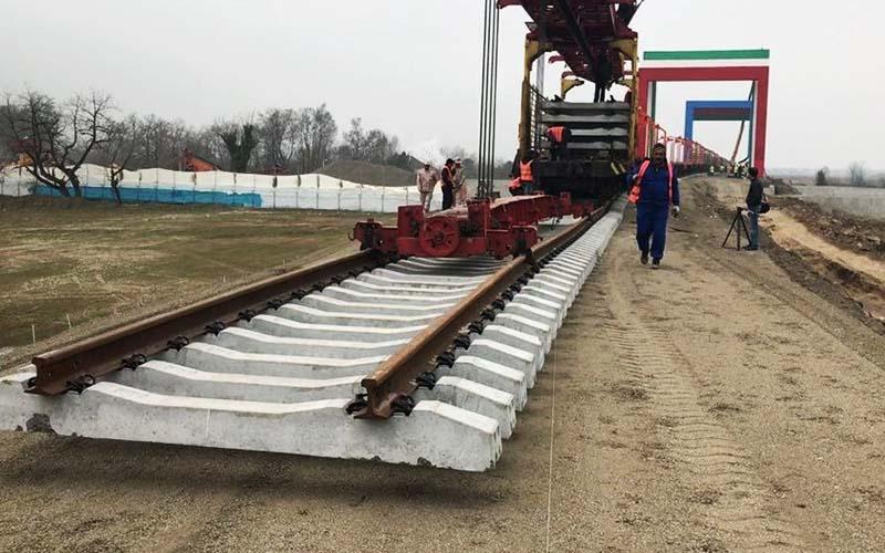 راهآهن به کرمانشاه رسید