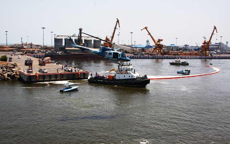 ساخت شناور مقابله با آلودگی نفتی در ایران