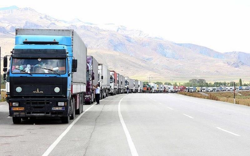 دولت از صادرکنندگان حمایت نمیکند