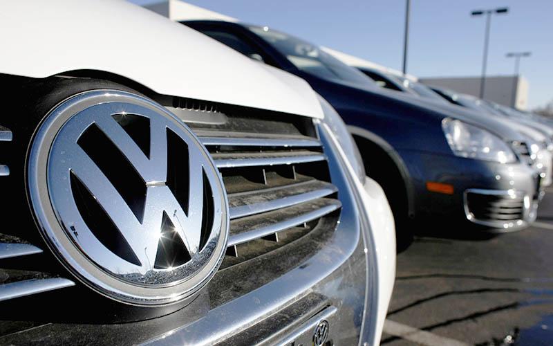 تعطیلی کارخانههای خودروسازی تا چه زمانی ادامه دارد؟
