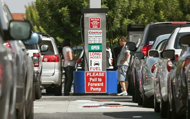 قیمت بنزین آمریکا افزایش مییابد