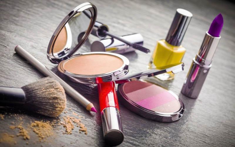 الزام شرکتهای آرایشی وارداتی به رعایت برچسب فارسینویس
