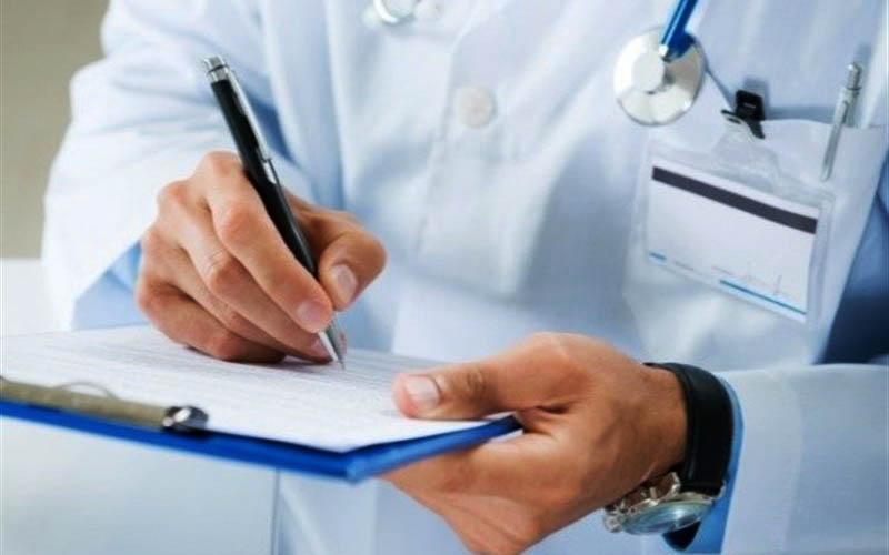 پرداخت حقوق پزشکان حتی یک روز هم به تعویق نیفتاد
