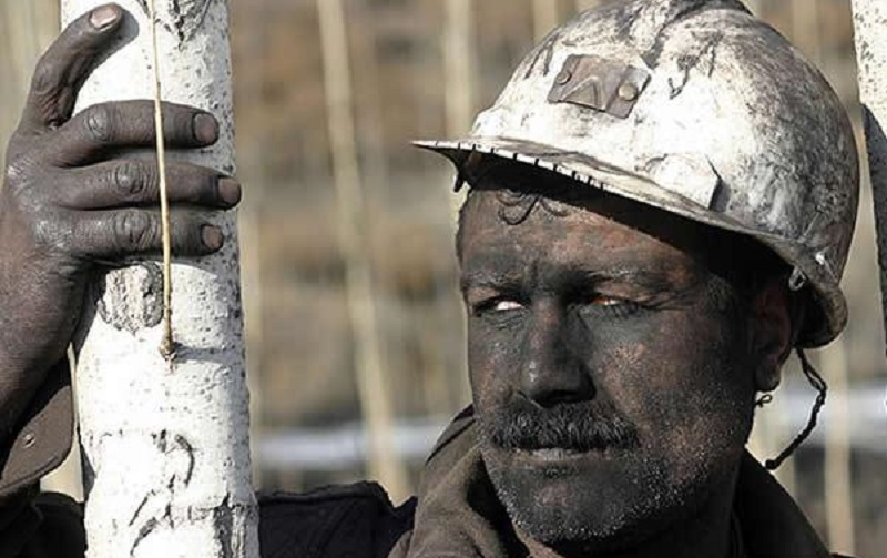واقعی کردن نرخ ارز به ضرر کارگران است