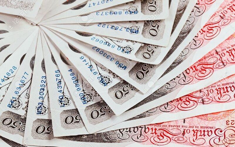 ارزش پوند به کمترین میزان در 6 هفته رسید