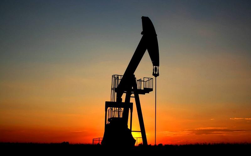 کاهش دکلهای نفتی و گازی آمریکا