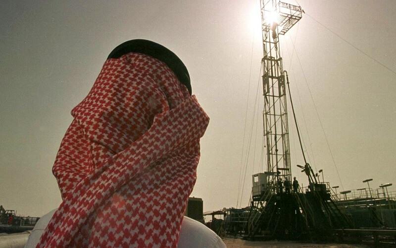 کاهش کسری بودجه عربستان سعودی