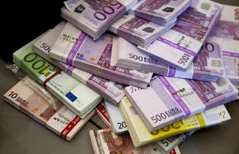 حواله یورو گرانتر از میانگین بازار