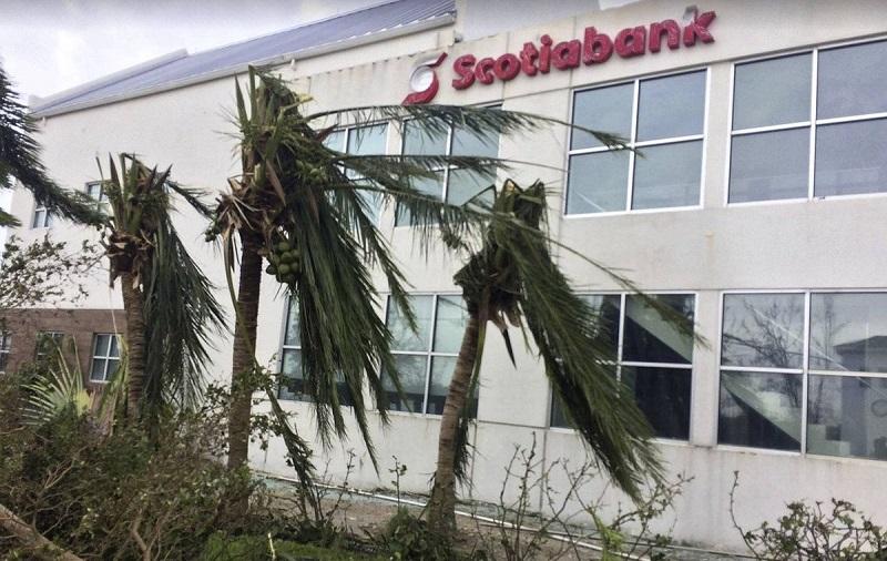 آسیبپذیری نظام بانکی آمریکا پس از طوفانهای اخیر