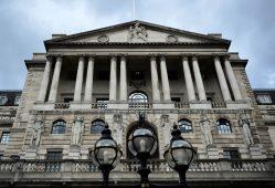 احتمال افزایش نرخ بهره بانکی در انگلیس