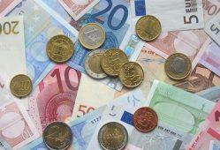 افزایش قیمت یورو به آمریکا مربوط می-شود
