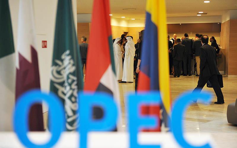 وزیر نفت ونزوئلا خواستار مذاکره مجدد برای کاهش تولید شد