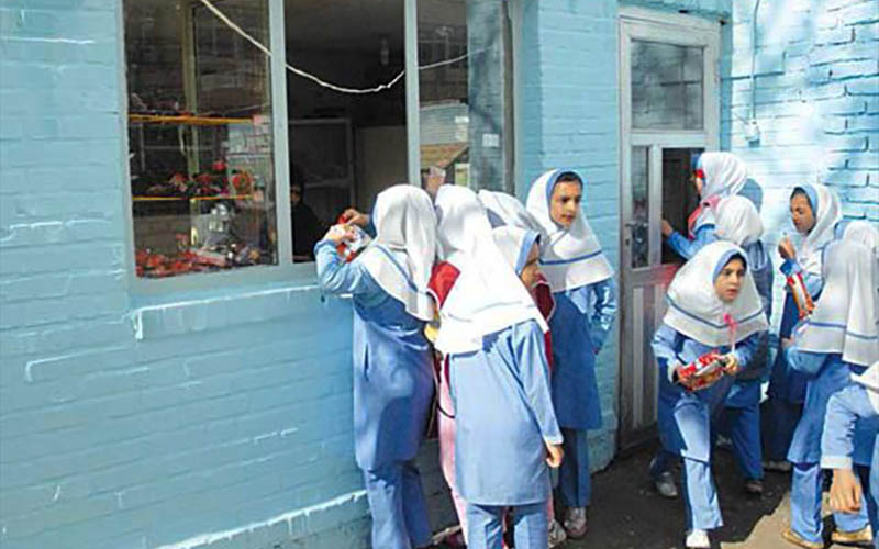 عرضه مواد غذایی غیربهداشتی در بوفههای مدارس ممنوع