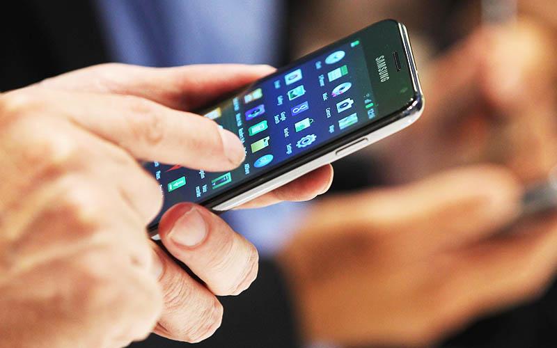 مصرف اینترنت تلفن همراه