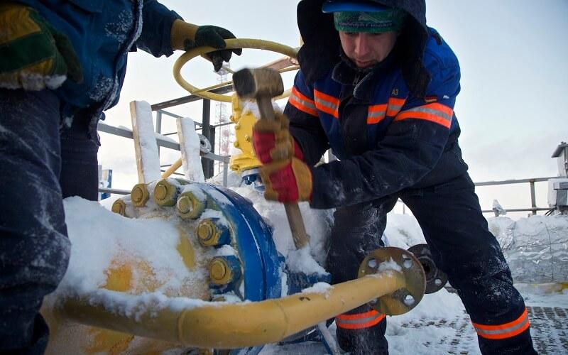 توافق چین و روسیه برای اکتشاف نفت در سیبری (1)