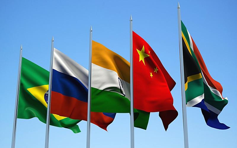 وام ۸۲۵ میلیون دلاری بانک توسعه نوین بریکس به روسیه و هند