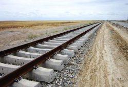 تاکید بر انتقال حمل ونقل از جاده به ریل در نشست مشترک وزرای صنعت و راه