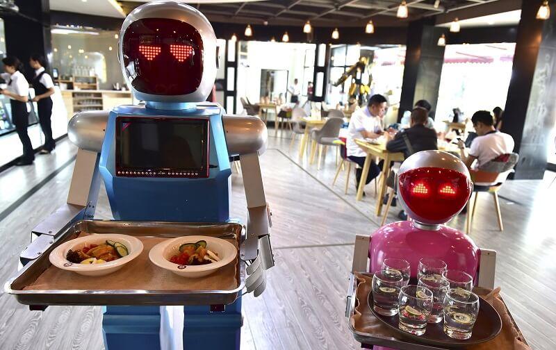 ربات-ها چه کسانی را بیکار می-کنند؟