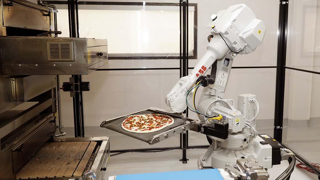 ربات کار اشتغال
