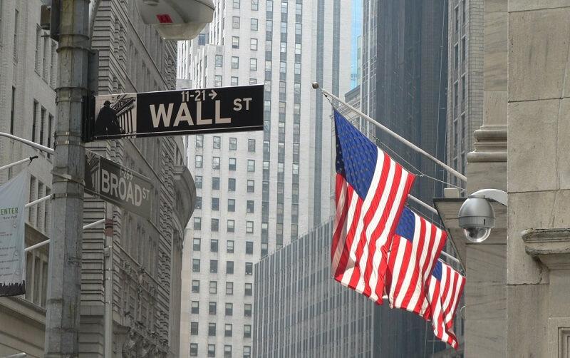 رکورد ارزش سهام در وال-استریت