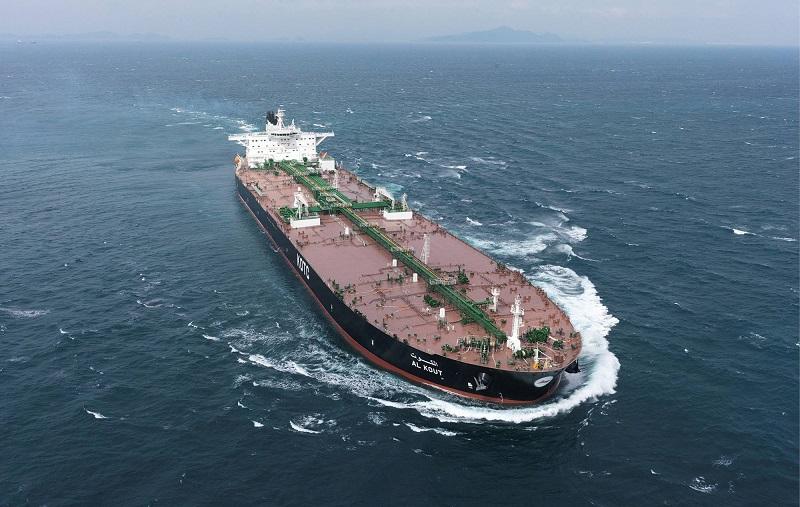 صادرات نفت ایران به هند ۴۲ درصد کاهش یافت