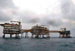 طرح مشترک گازپروم و لوکاویل برای توسعه میادین نفتی ایران