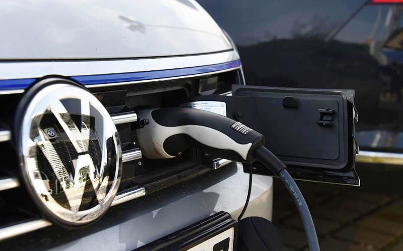 فولکس واگن میتواند ۵۰ میلیون خودرو برقی بسازد