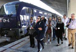 بیست و یکمین قطار گردشگران خارجی از شرق میآید