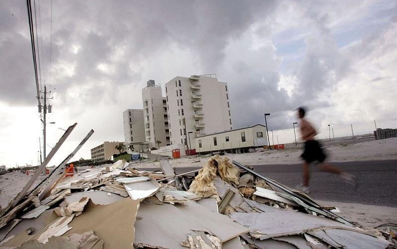 Image result for طوفان آندره| آمریکا، سال ۱۹۹۲