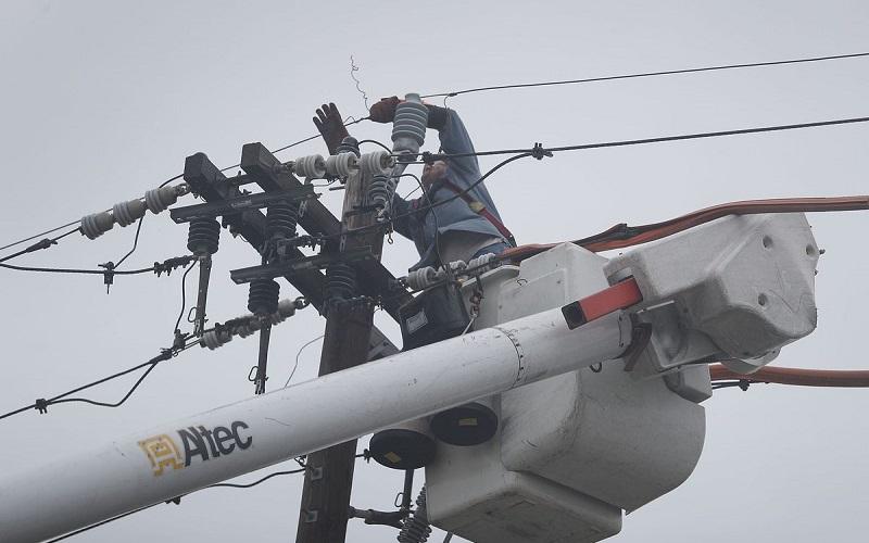 ۱٫۵ میلیون آمریکایی طوفانزده برق ندارند