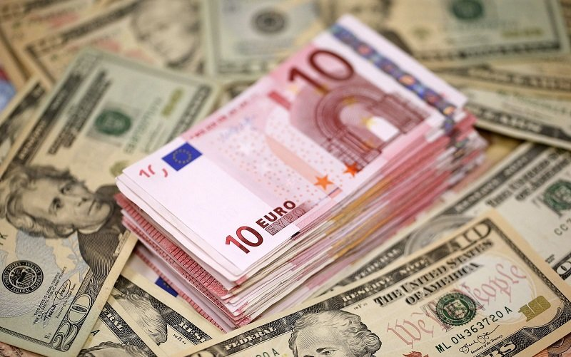 معامله ۲ میلیارد و ۲۰۶ میلیون یورو ارز نیمایی