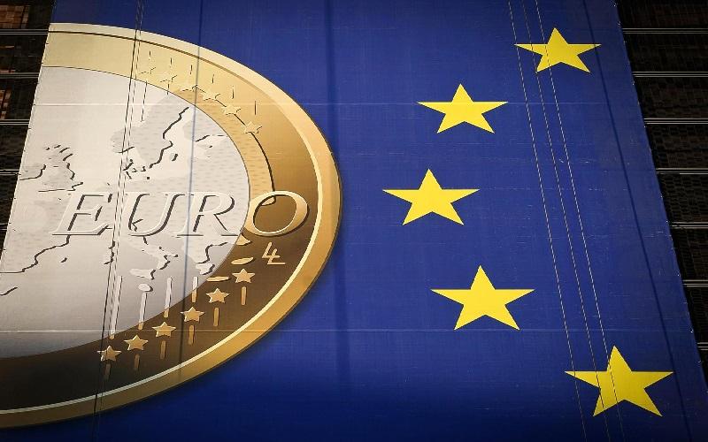 بحران مالی اروپا؛ فیل بزرگ در اتاقی که هیچ کس آن را نمیبیند