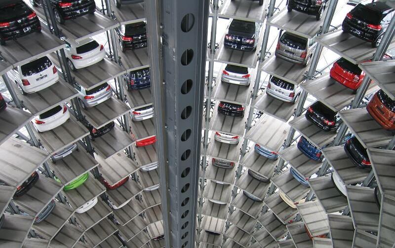 اروپا به نیمی از جهان خودرو صادر میکند