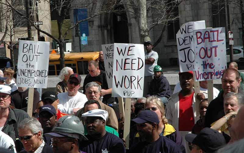 افزایش نرخ بیکاری در آمریکا