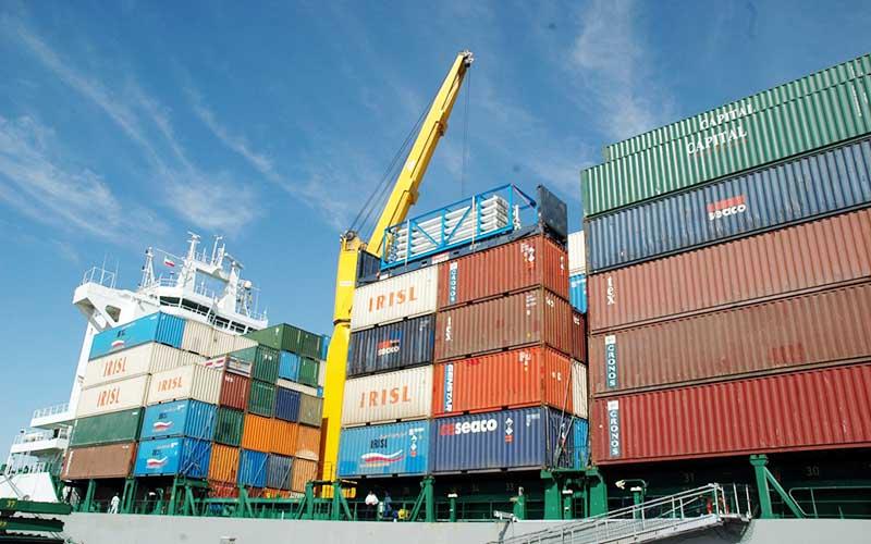 تجارت خارجی ۴۴ میلیاردی با تراز منفی ۳ میلیاردی در ۶ ماه