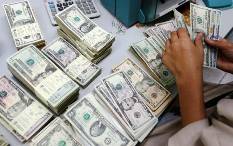رشد قیمت دلار بانکی در سوم آبان