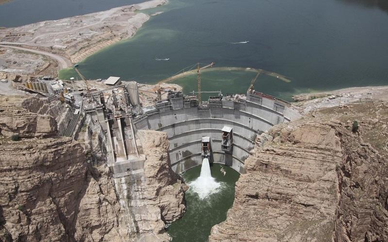 توقف ساخت ۲۰ سد در کشور