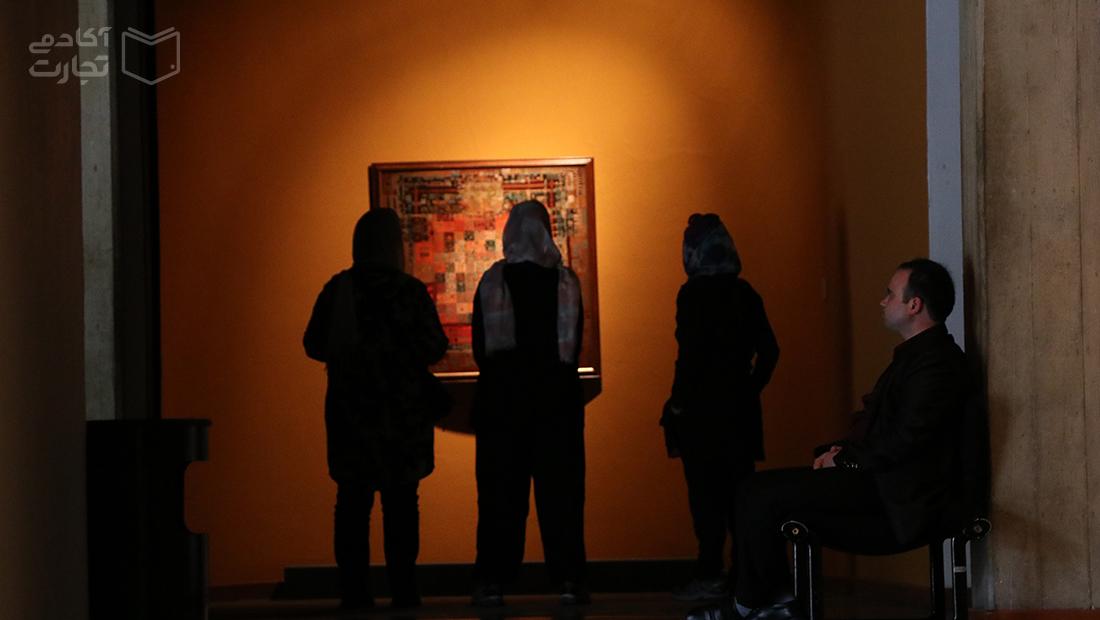 با نام «کاخ موزهها» و در ساحت «گردشگری» هر کار میکنند