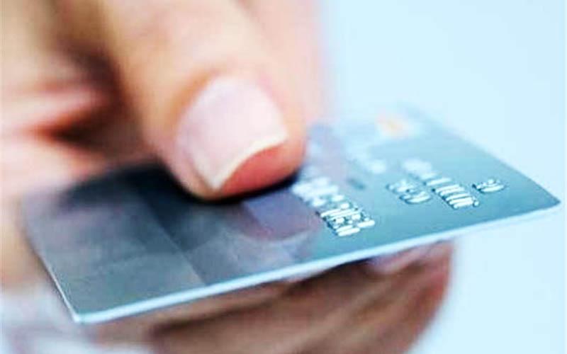 صدور کارت اعتباری خرید با توثیق سهام عدالت یا یارانه آغاز شد