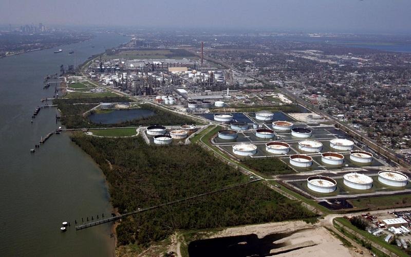 کاهش تولید نفت آمریکا پس از طوفان ناته