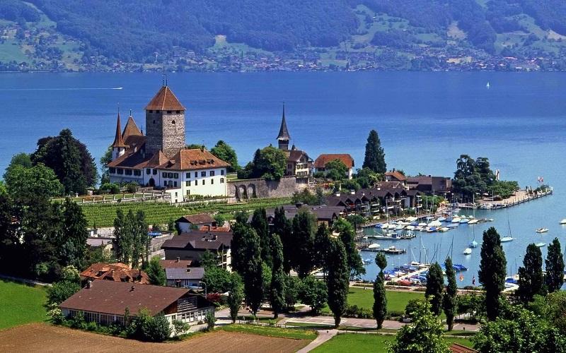 سوئیس بهترین کشور جهان برای زندگی