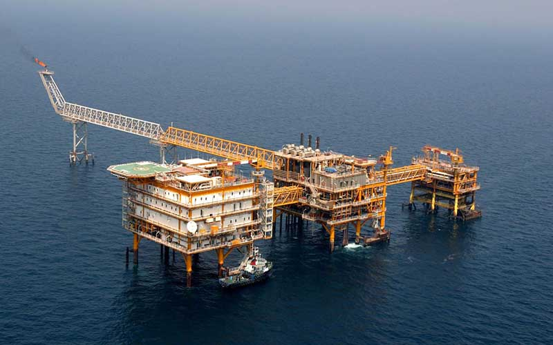 قرارداد ۲۰ ساله توسعه دو میدان نفتی امروز امضا میشود