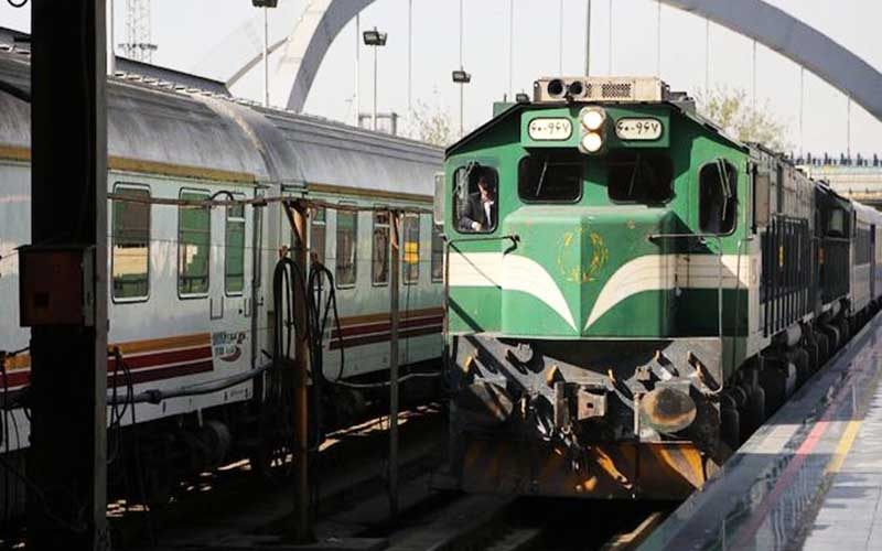 انجام حرکت قطارهای رجا براساس ساعت رسمی کشور
