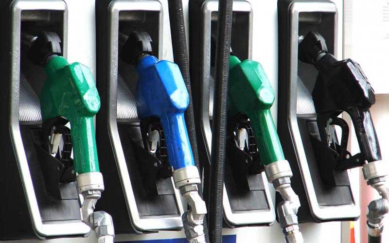 مجوز فعالیت به ۷۵ شرکت زنجیرهای توزیع سوخت